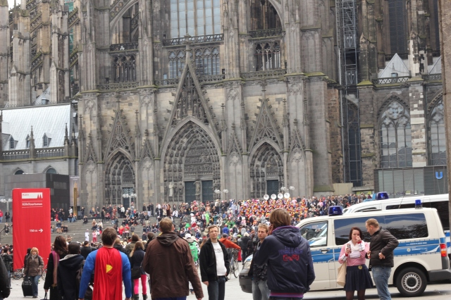 Giant crowd of people in the square around the Kölner Dom
