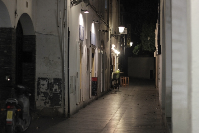 A random alley in downtown Cadaqués at night.