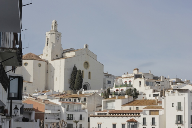 Cadaqués in daylight. This is the town church.