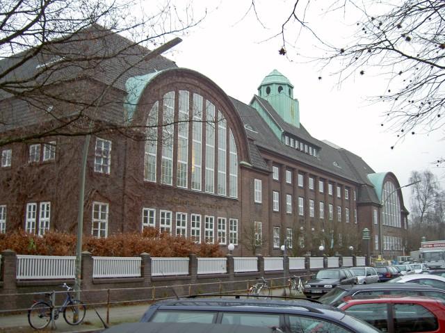 Hamburg-Holthusenbad-2004